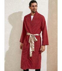 abrigo navideño rojo con cordones de papá noel para hombre