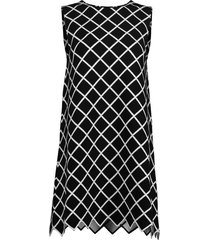 zigzag sleeveless windowpane knit dress