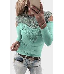 camiseta casual de manga larga con hombros descubiertos y encaje verde claro