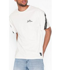 sixth june signature t-shirt t-shirts & linnen vit