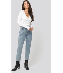 dilara x na-kd high waist cropped jeans - blue