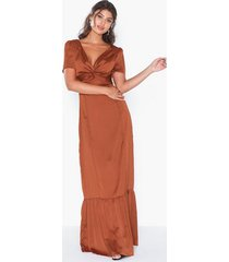 glamorous wrap maxi dress maxiklänningar