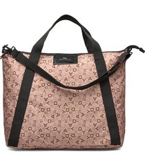 day gweneth p logo rotate cross bags top handle bags roze day et