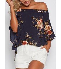 blusa con estampado floral al azar fuera del hombro