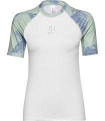 jade tee t-shirts & tops short-sleeved vit johaug
