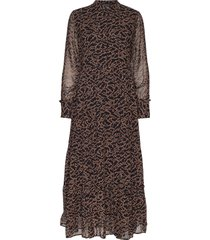 selina long dress maxi dress galajurk bruin soft rebels
