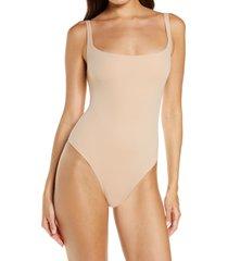 skims fits everybody square neck sleeveless bodysuit, size medium in mica at nordstrom