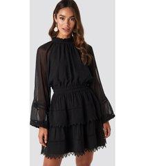 na-kd boho embroidery mini dress - black