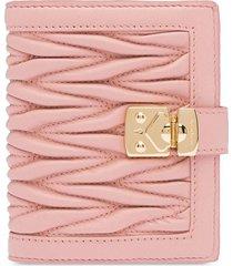 miu miu matelassé square wallet - pink