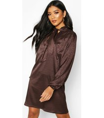 pussy bow jacquard shift dress, chocolate