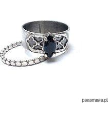 szafir i koronki - pierścionek