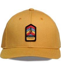 gorra amarilla trown headware los alerces