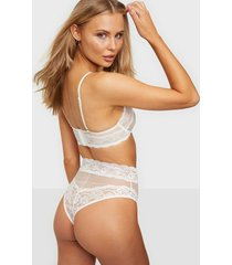 nly lingerie unforgettable highwaist brazilians