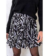 zebra plooien rok zwart