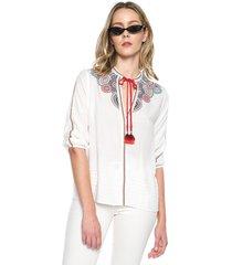 blusa blanco desigual