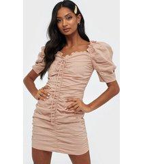 glamorous puffy sleeve rouched dress fodralklänningar