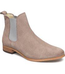 chelsea s shoes chelsea boots beige shoe the bear