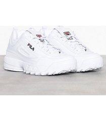 fila disruptor low sneakers white
