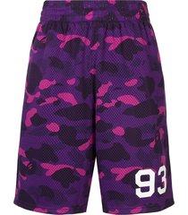 a bathing ape® camouflage print track shorts - purple