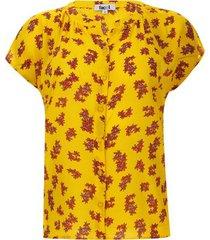 blusa petalos rojos color amarillo, talla 10