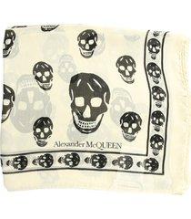 alexander mcqueen classic skull scarf