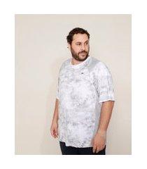camiseta masculina plus size esportiva ace estampada marmorizada com recortes manga curta gola careca branca