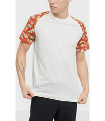 jack & jones jortropic tee ss raglan t-shirts & linnen vit