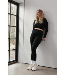 na-kd flow sömlösa leggings - black