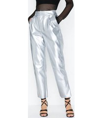nly trend free pu pants byxor