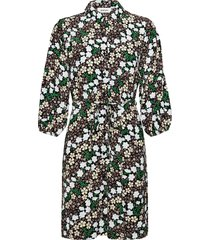 harlow print dress dresses shirt dresses svart modström
