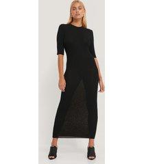 na-kd trend ribbstickad klänning med 3/4-ärm - black