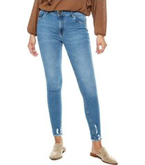 medium waist skinny jeans ruedo desflecado color blue