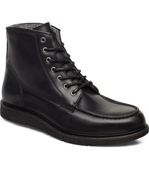 noux boot snörade stövlar svart makia