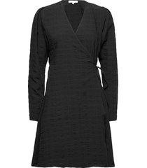 srjeanie ls wrap dress jurk knielengte zwart soft rebels
