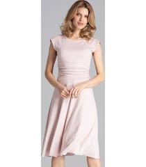 sukienka midi marszczona w pasie