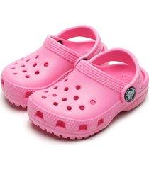 babuche crocs menina classic clog k rosa - tricae