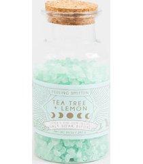 feeling smitten tea tree + lemon salt soaks