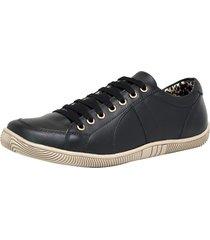 sapatênis calçar bem cadarço preto
