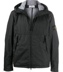 stone island crinkle effect hooded jacket - black