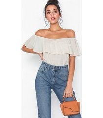 nly trend effortless top t-shirts