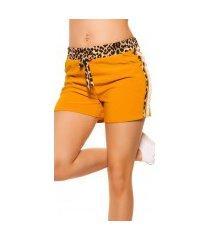 trendy shorts met contrast strepen mosterdgeel