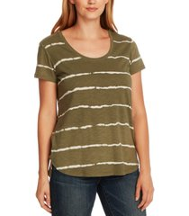 vince camuto linear whispers t-shirt