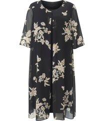 jurk met iets langere korte mouwen van anna aura zwart