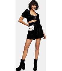 idol black perforated shorts - black