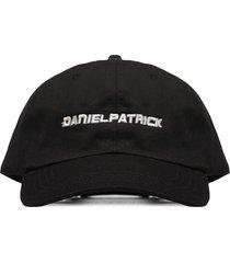 daniel patrick hat