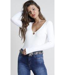 blusa feminina canelada com argola manga longa decote v off white