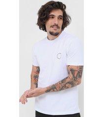 camiseta nicoboco landorus branca - branco - masculino - dafiti
