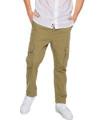 pantalón verde americanino