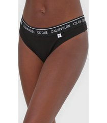 calcinha calvin klein underwear fio dental lettering preta - preto - feminino - algodã£o - dafiti