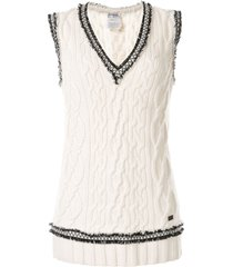 chanel pre-owned fringe trim knitted vest - white